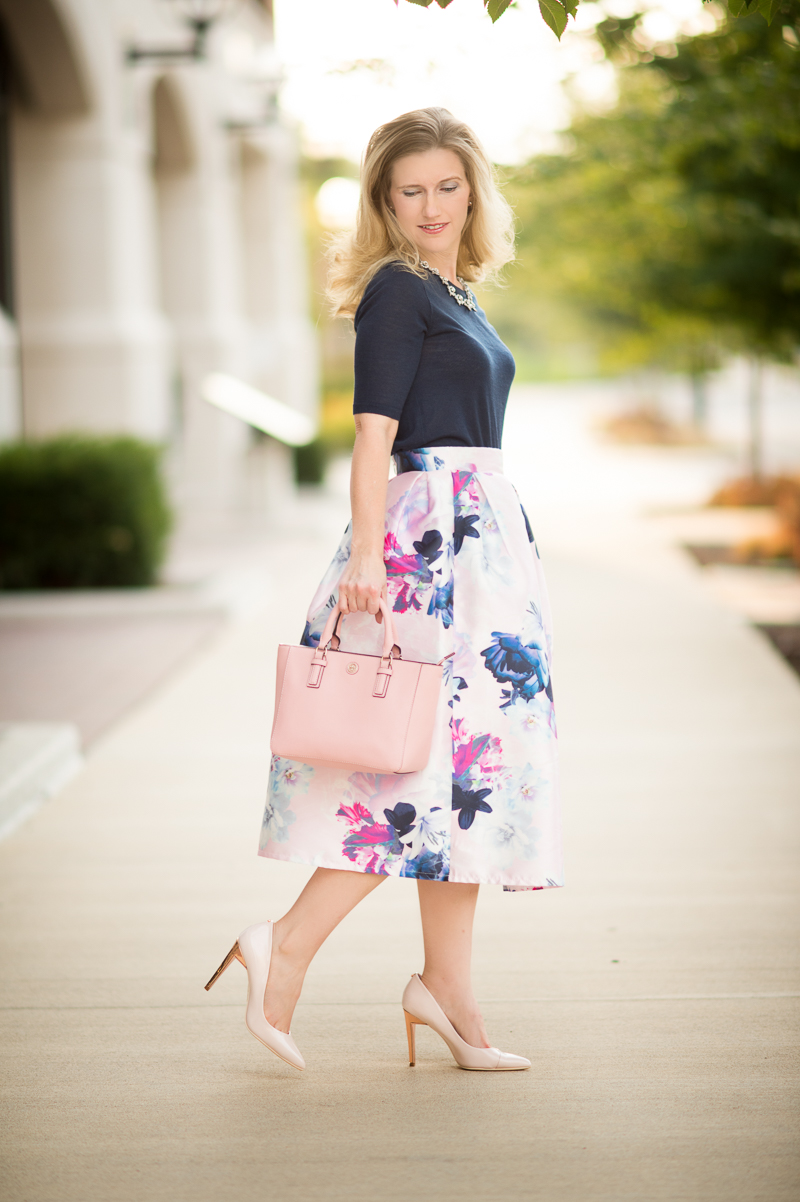 117428d4f7 Petite Fashion and Style | SheIn Flower Pleated Midi Dress | Click to Read  More.