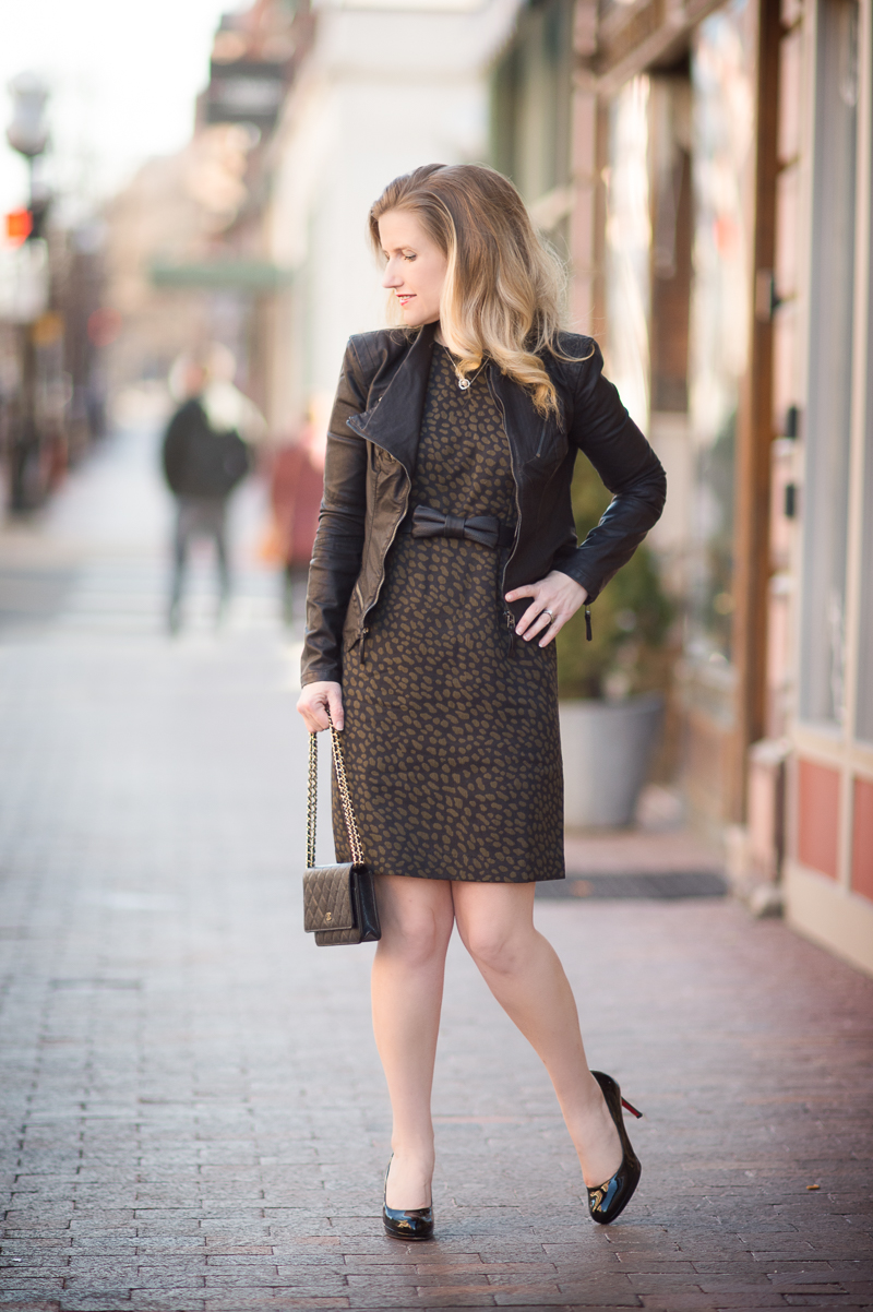 Petite Fashion And Style Blog Ann Taylor Spotted Jacquard Sheath Dress 2 The Blue Hydrangeas
