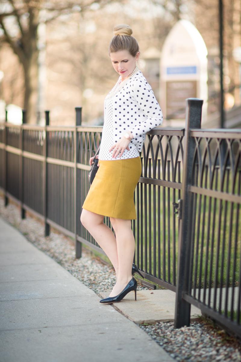 8433ecc5ce Petite Fashion and Style Blog