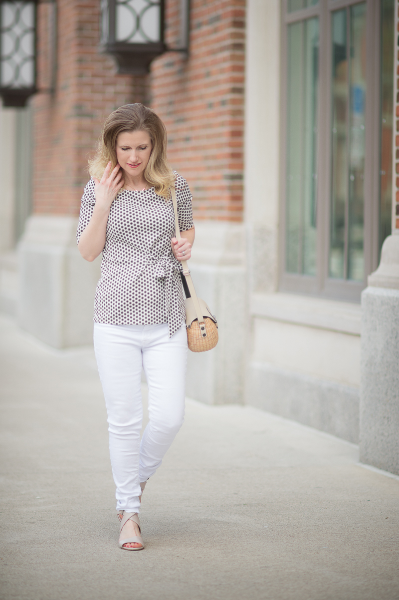 Petite Fashion and Style Blog   Ann Taylor Dot Bow Front Top   Hudson Mid Rise Ankle Skinny Jeans   Sea and Grass Ava Crossbody Tote   Click to Read More...