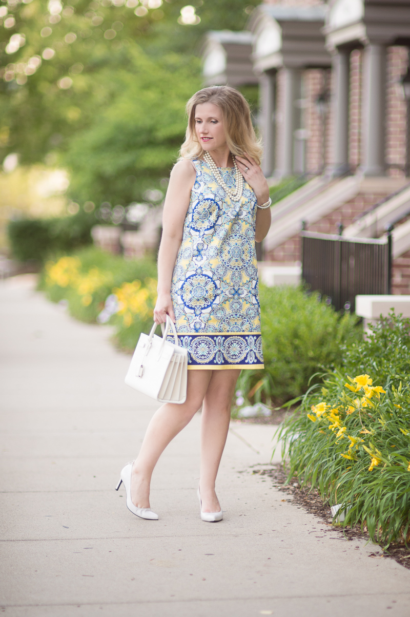 Petite Fashion And Style Blog Londin Times Yellow Cotton Petite Shift Dress 2 The Blue