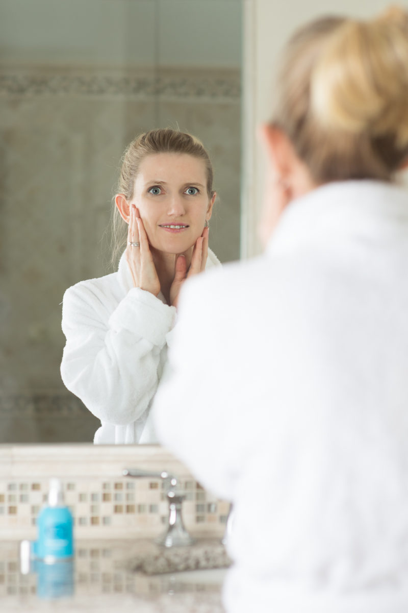 Petite Fashion and Style Blog | Anti-aging tips for sensitive skin | Skin Fix | Elta MD | Roc Retinol | Click to Read More...