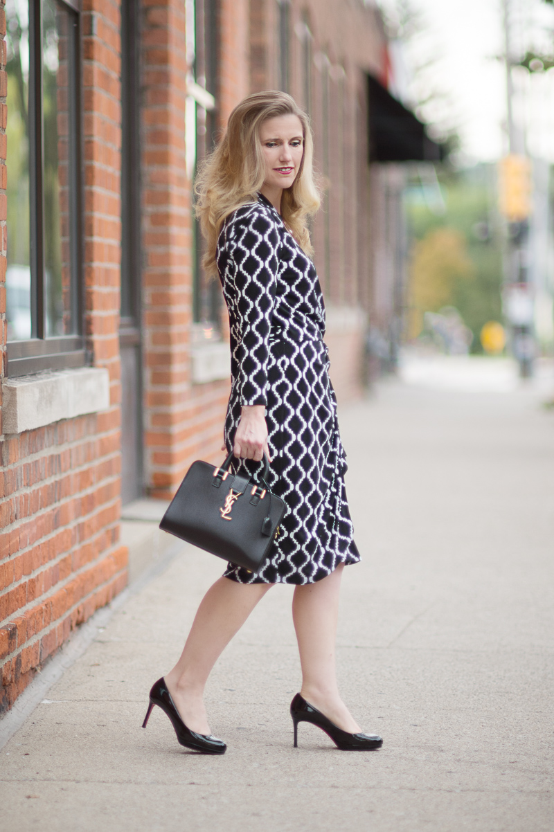 Petite Fashion and Style Blog | Maggy London Philomena Dress | YSL Monogramme Cabas Small Leather Tote | Christian Louboutin Simple Pump | Click to Read More...