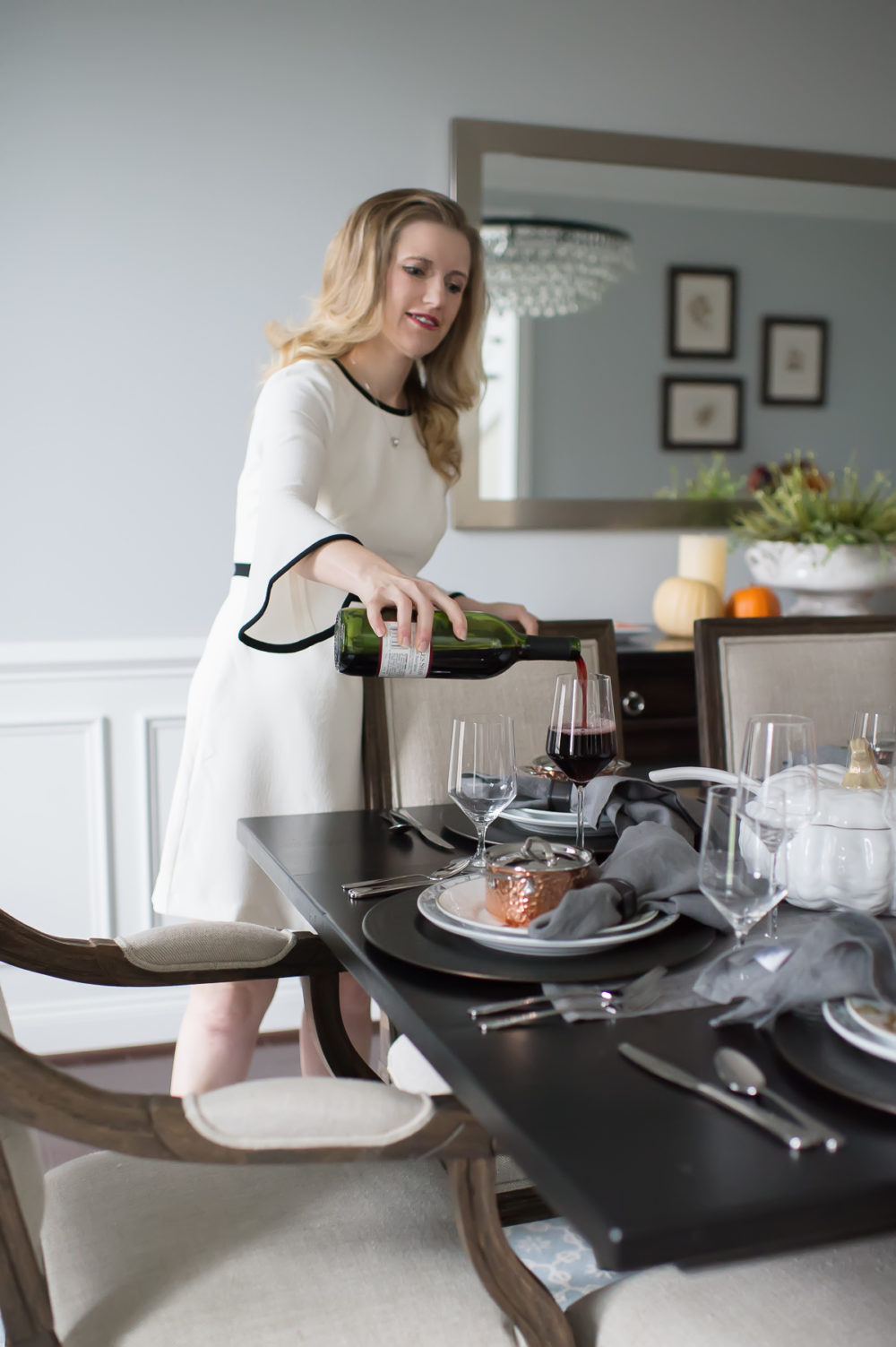 Petite Fashion and Style Blog | Williams Sonoma In Home Consultation | Williams Sonoma Acorn Plates | Click to Read More... - Our Thanksgiving Tablescape with Williams Sonoma by popular Michigan style blogger The Blue Hydrangeas