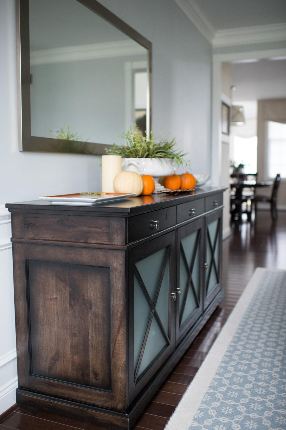 Petite Fashion and Style Blog | Williams Sonoma In Home Consultation | Williams Sonoma Acorn Plates | Click to Read More...