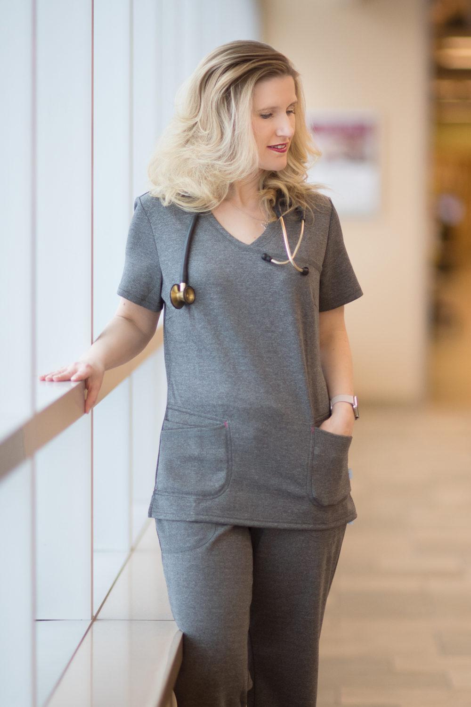 Petite Fashion And Style Blog Landau Smitten Scrubs Review