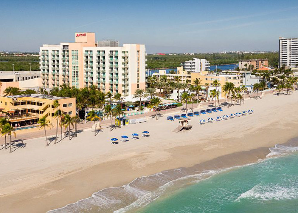 Petite Fashion and Style Blog | Hollywood Beach Travel Guide | Marriott Hollywood Beach Hotel Review