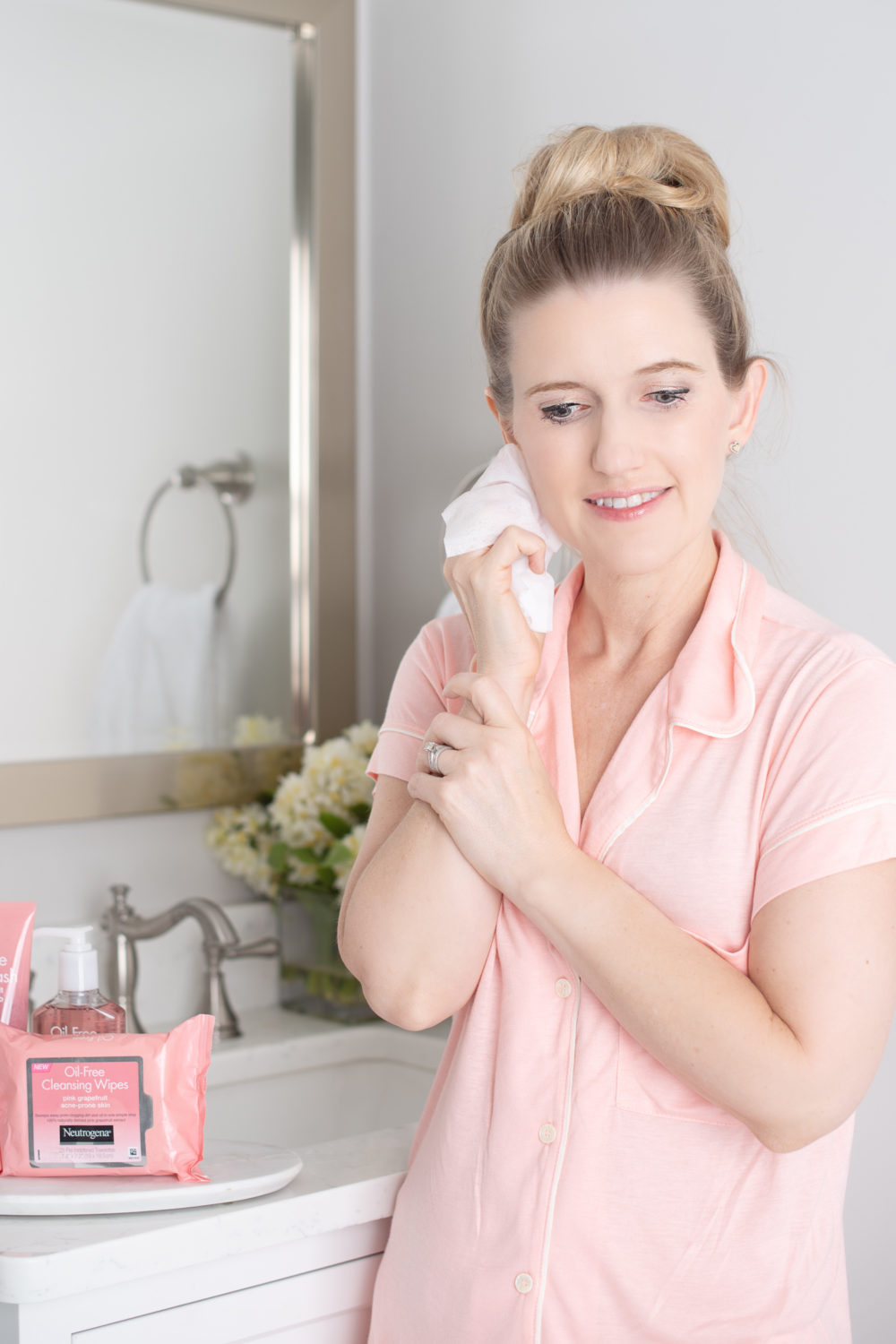 Michigan Petite Fashion and Lifestyle Blog | Neutrogena Pink Grapefruit