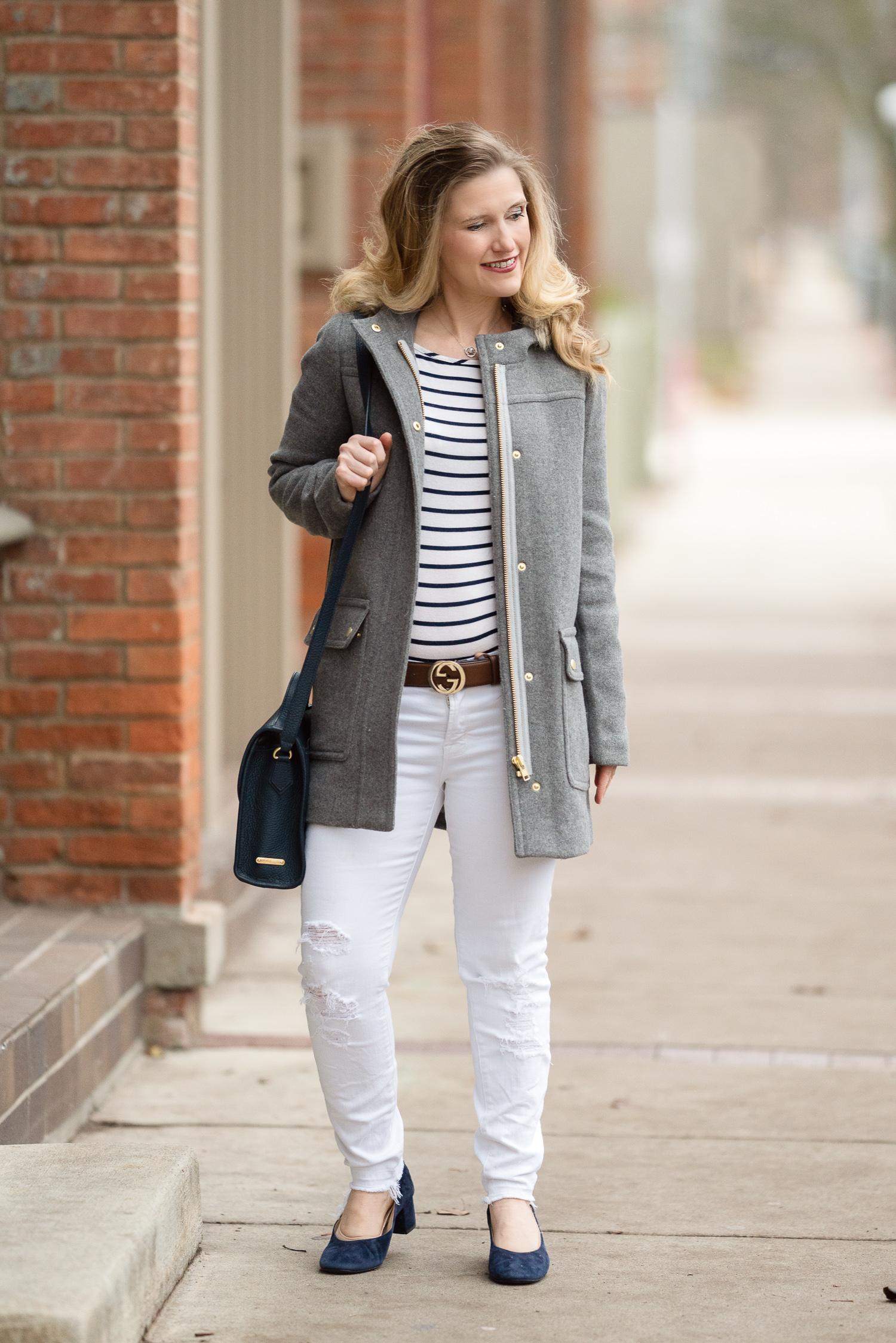 5a7b6e2c9dca Petite Fashion and Style Blog