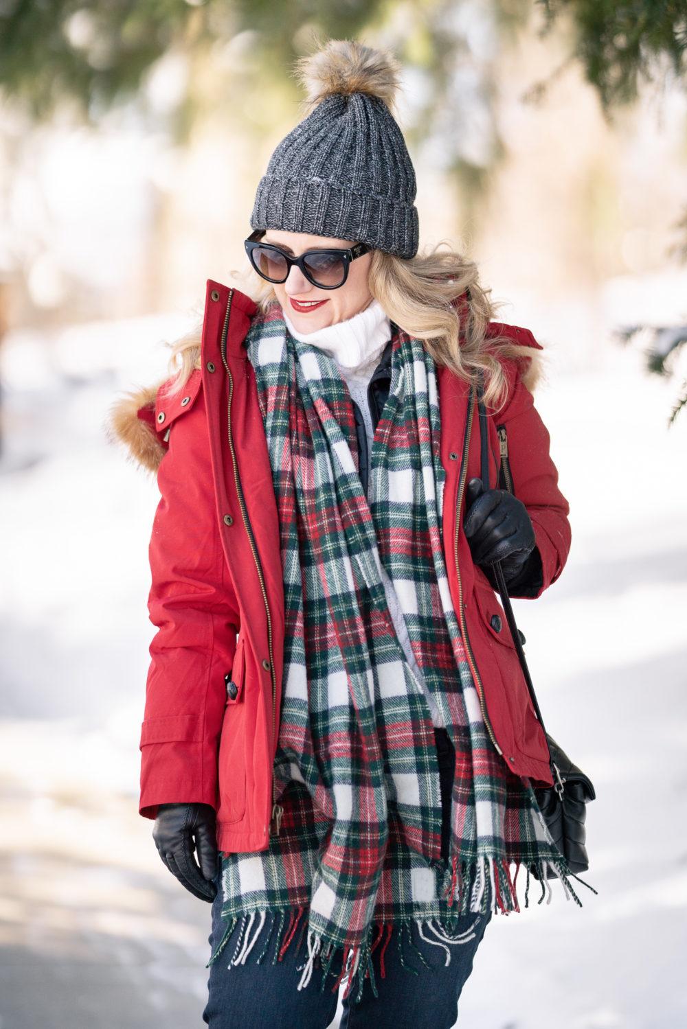Petite Fashion and Style Blog | Pendleton Down Fur Trim Coat | Black Hunter Boots | Hunter Boot Socks