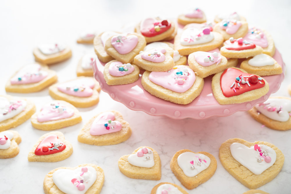 Petite Fashion and Style Blog | Valentine sugar cookies