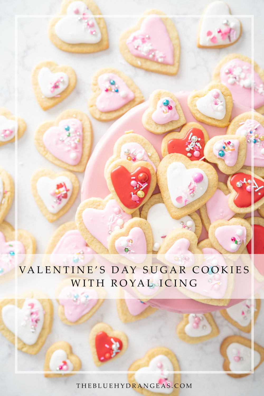 Petite Fashion and Style Blog | Valentine's Day Sugar Cookies | Sugar Cookie Recipe | How to Decorate with Royal Icing | Royal Icing Recipe