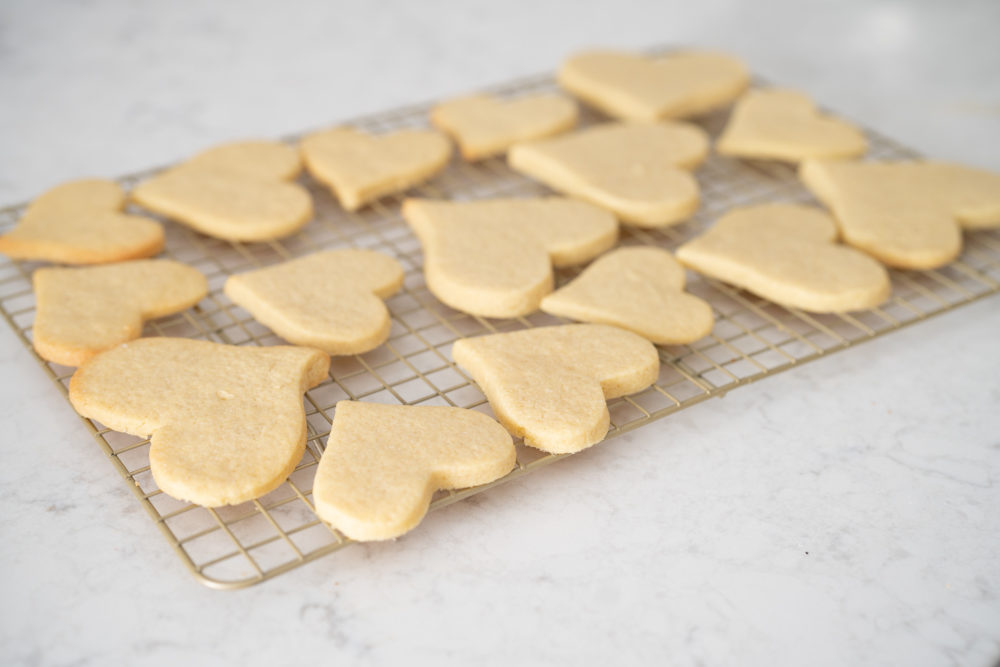 Petite Fashion and Style Blog | Valentine's Day Sugar Cookies | Sugar Cookie Recipe