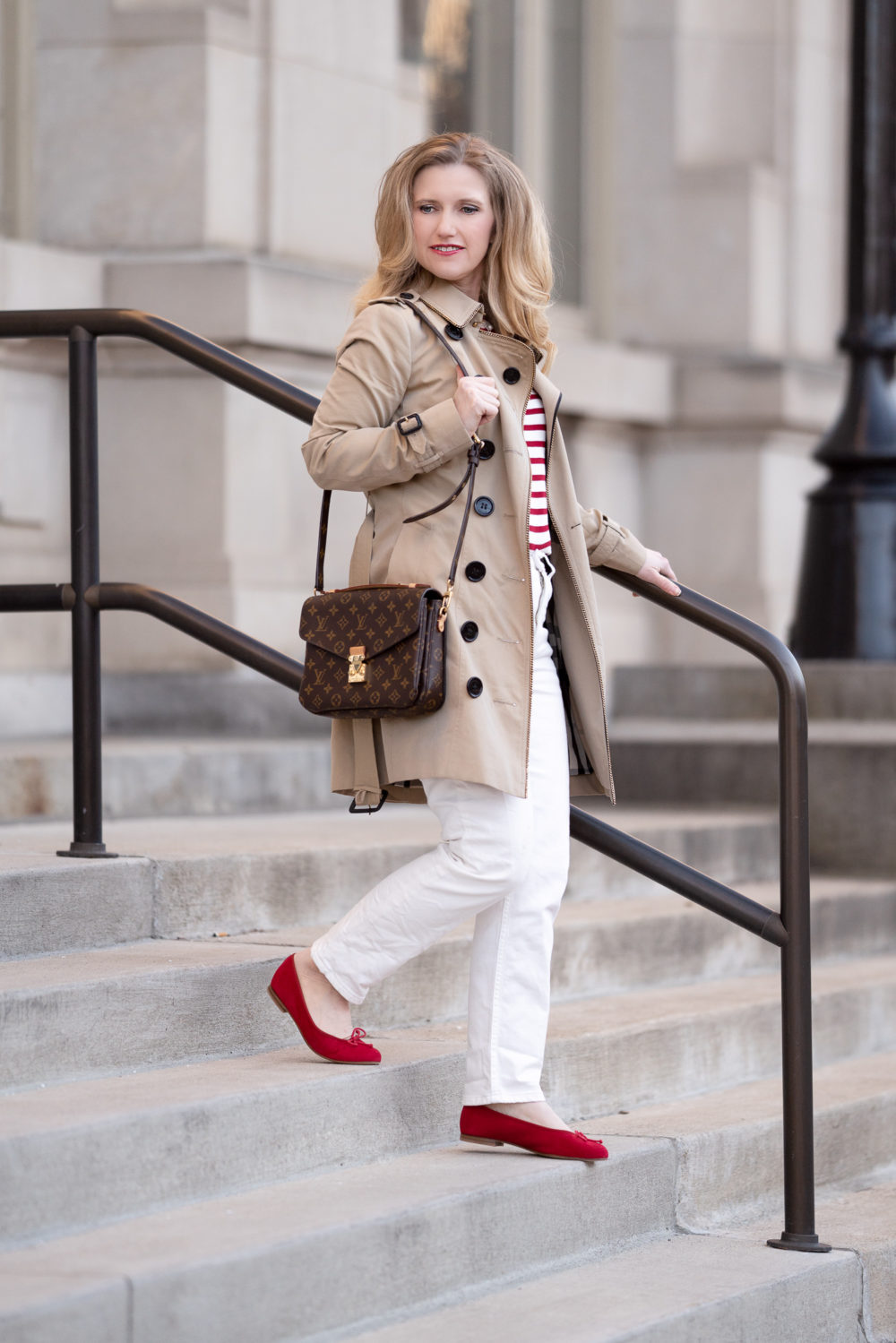 Petite Fashion Blog | MargauxNY Ballerina Flats | MargauxNY Demi Flats | Margaux NY Review | Everlane Cheeky Straight Jeans | Burberry Sandringham Trench | Louis Vuitton Pochette Mettis