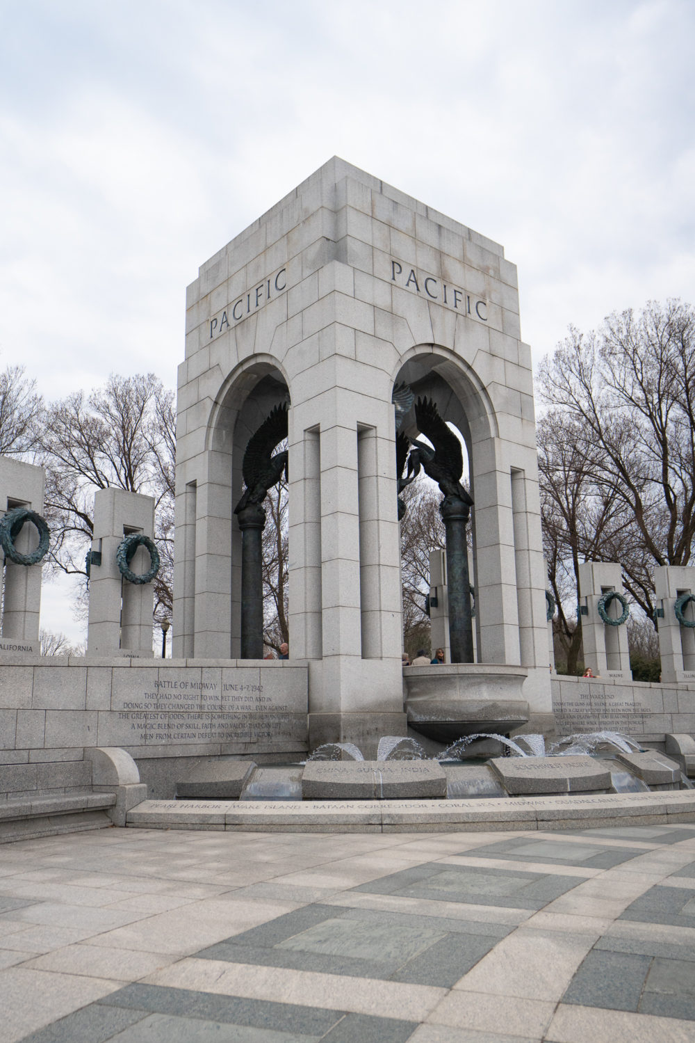 Petite Fashion Blog | Washington Monument | World War II Memorial