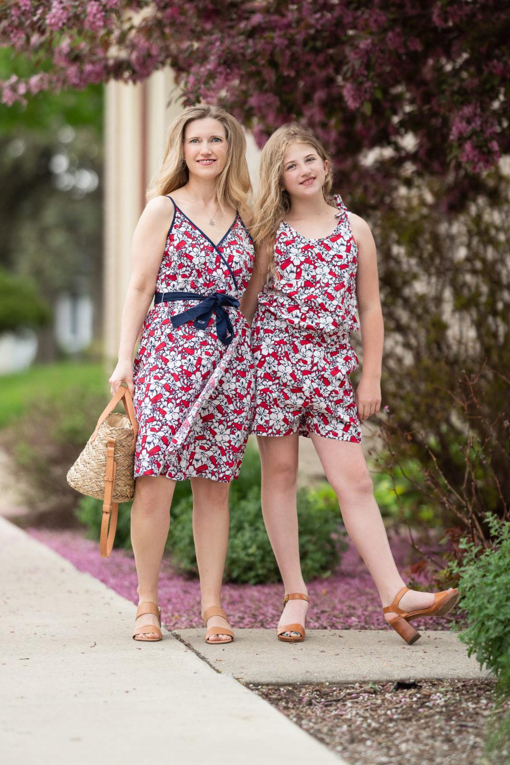 Petite Fashion Blog | Vineyard Vines Target | Vineyard Vines Hibiscus Wrap Dress
