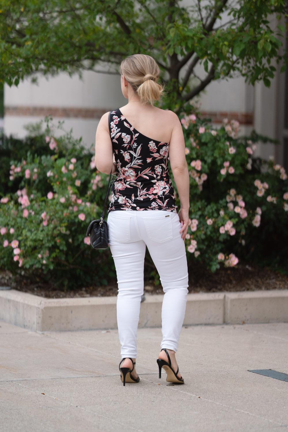 Petite Fashion Blog |WHBM High Rise Skinny Crop Jeans | WHBM Floral One Shoulder Top | WHBM Patent Leather Strappy Heels