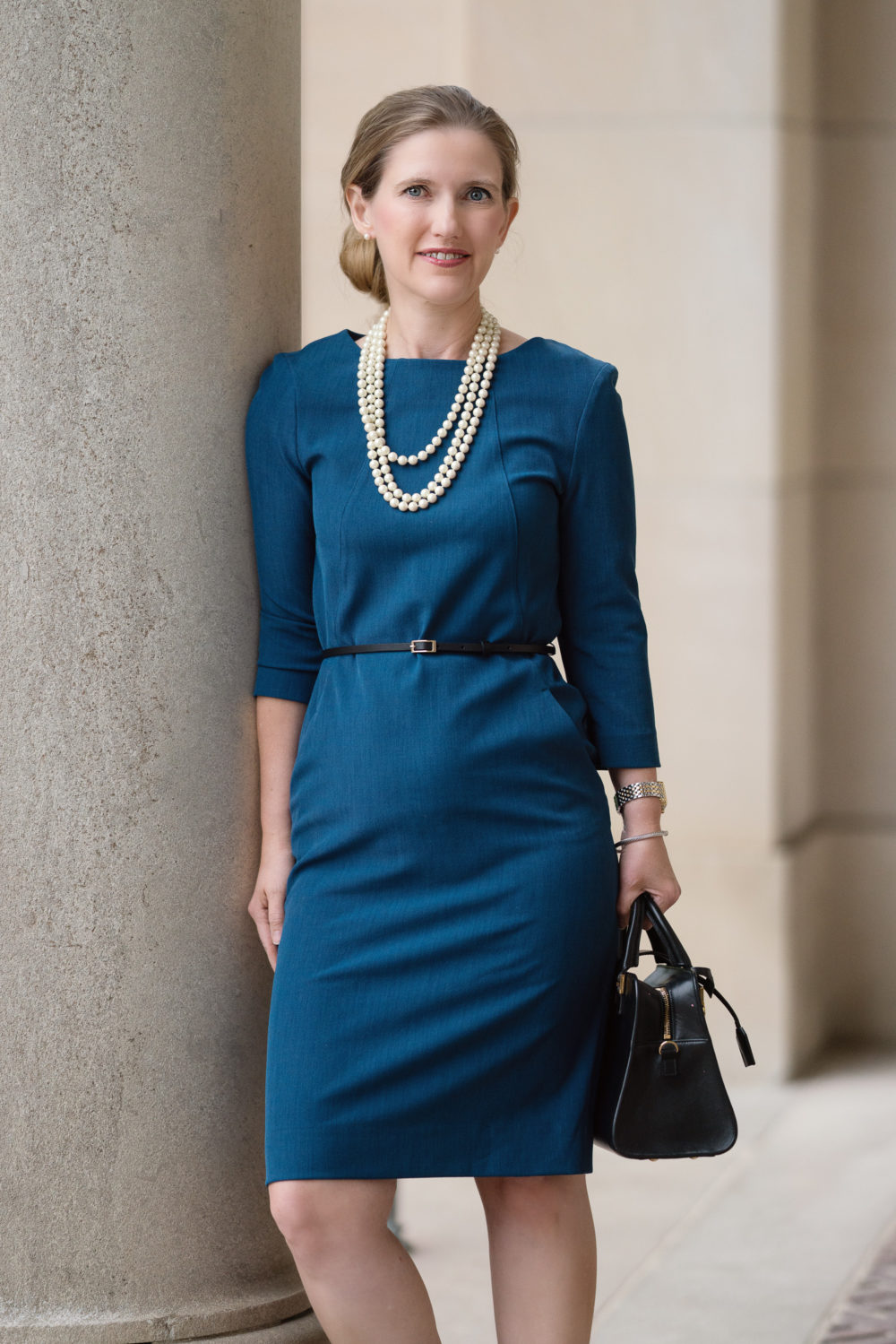 Petite Fashion Blog | MM LaFleur Etsuko Dress | Travel Friendly Workwear | Business Dress
