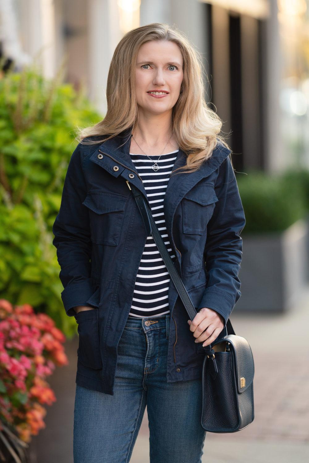 Petite Fashion Blog | Amazon Essentials Utility Jacket | Women's Jackets on Amazon | Amazon Fall Jackets