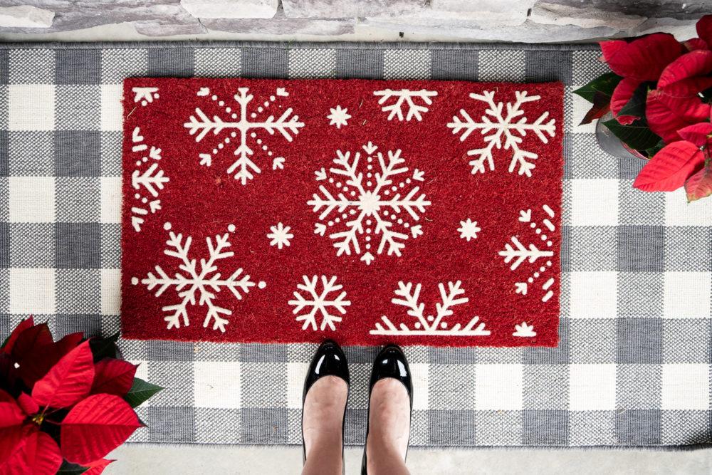 Petite Fashion Blog | Our Home for the Holidays | Christmas Decor | Flocked Christmas Tree