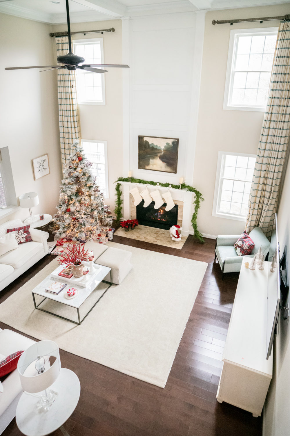 Petite Fashion Blog | Our Home for the Holidays | Flocked Christmas Tree