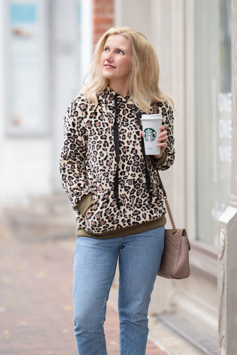 Petite Fashion Blog | Prettygarden Leopard Print Sweatshirt | Everlane Kick Crop Jeans