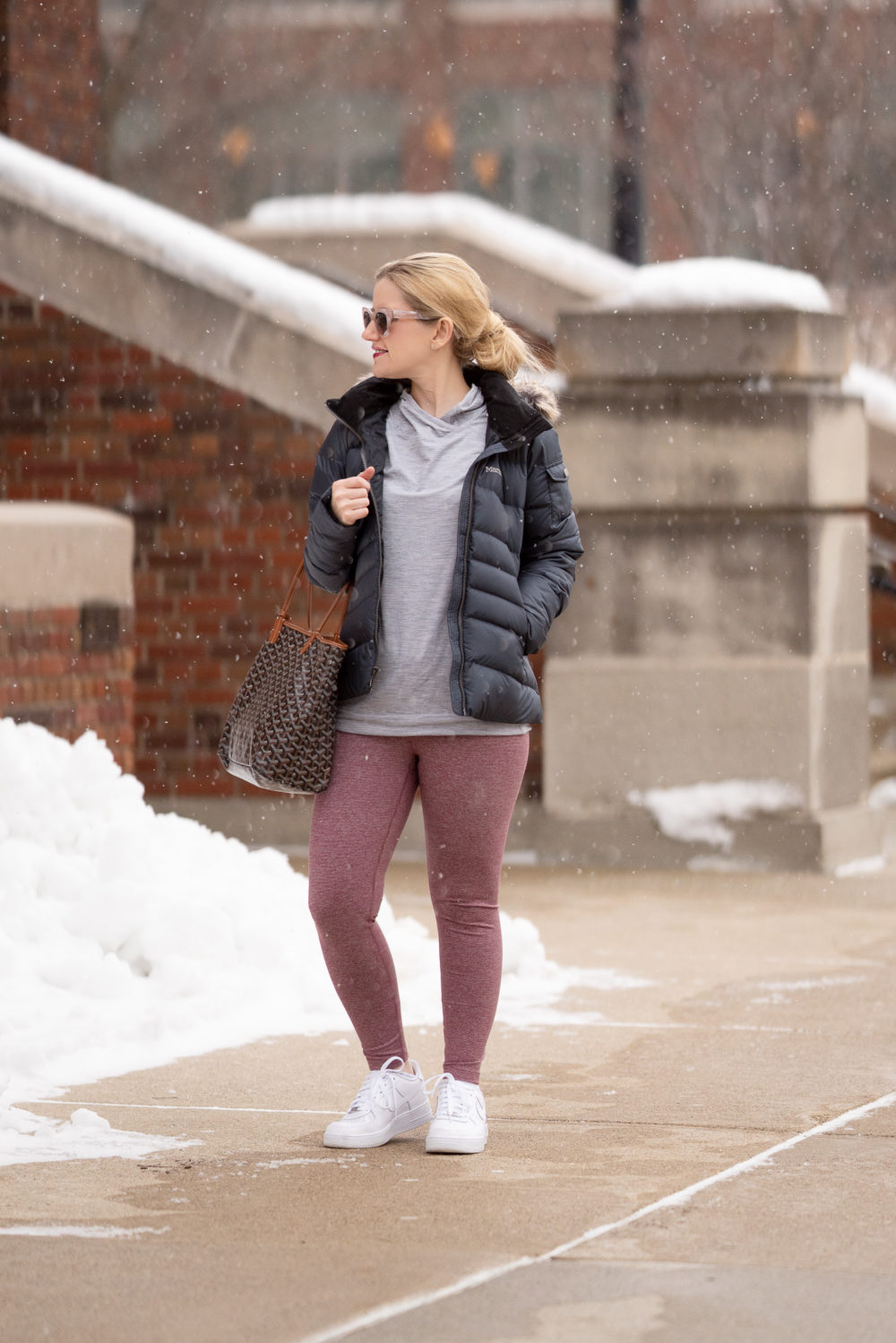 Petite Fashion Blog | Amazon Winter Workout Essentials | Core 10 Leggings | Marmot Women's Ithaca Down Puffer Jacket | Winter Workout Tips