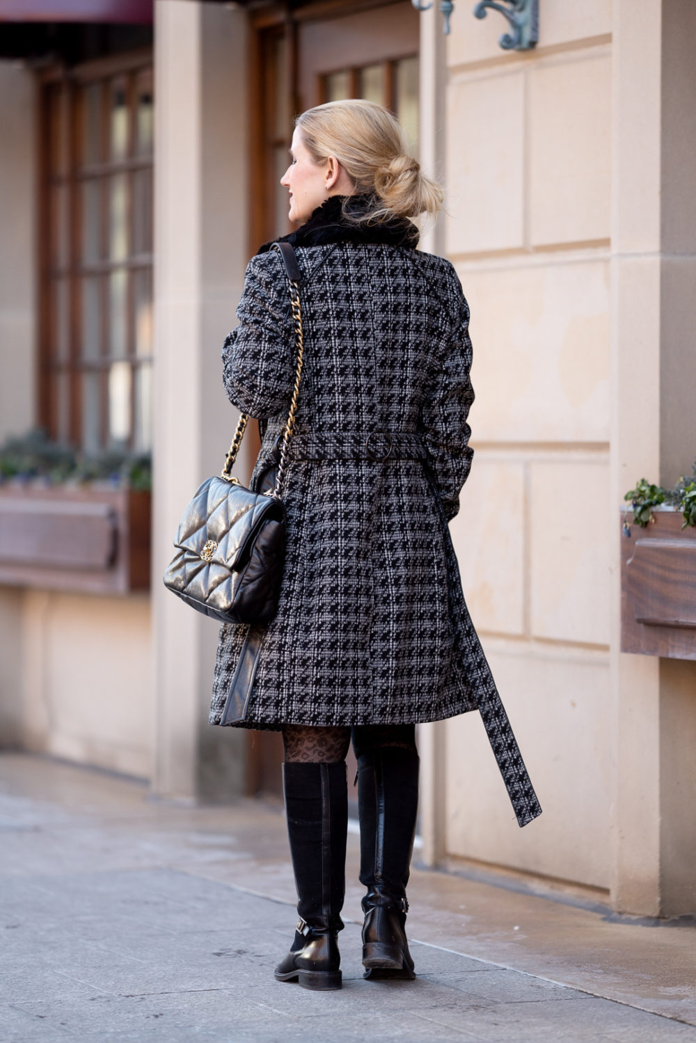 Petite Fashion Blog | Lark & Ro Women's Long Sleeve Ribbed Crewneck Fit and Flare Sweater Dress | Via Spiga-Tied Houndstooth Faux Fur Collar Double-Breasted Coat | Aquatalia Boots | Chanel 19 Bag