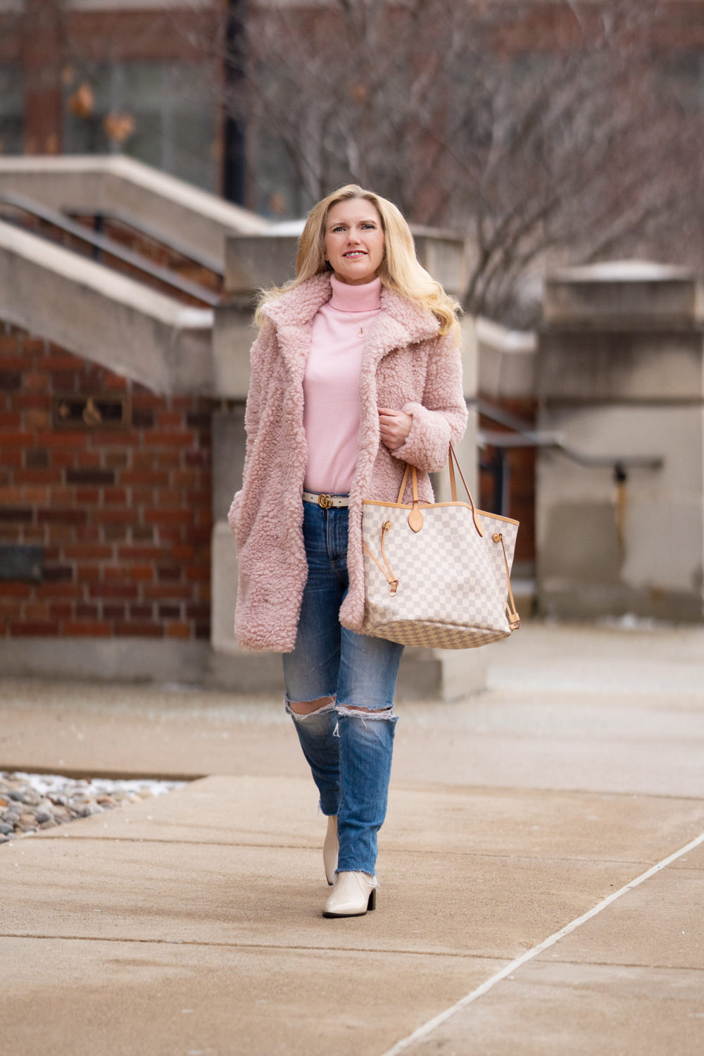 Petite Fashion Blog | Peach Copenhagen Coat | Louis Vuitton Neverfull Bag | Everlane Boots | Peach Clothing