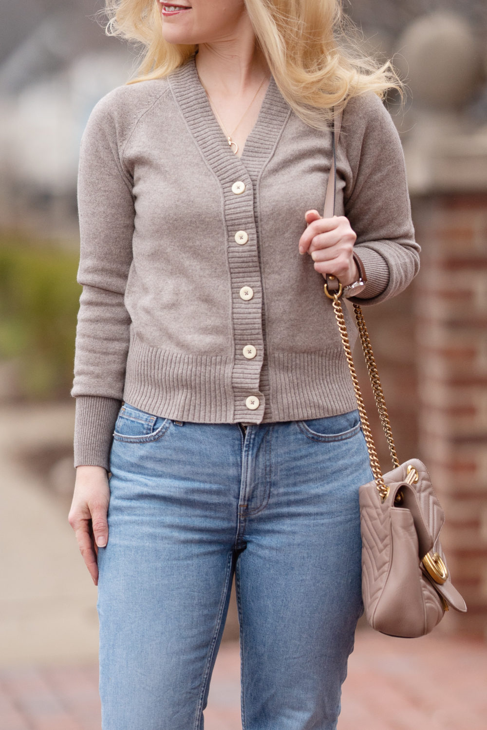Petite Fashion Blog | Everlane ReCashmere Crop Cardigan | Everlane Kick Crop Jeans | Everlane Sale